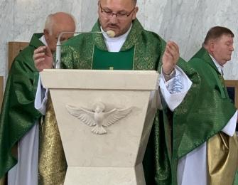 Objęcie Parafii przez nowego księdza proboszcza.