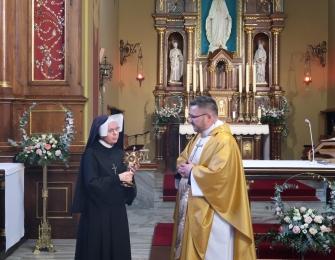 Uroczyste przekazanie relikwii św. Faustyny