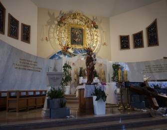 Uroczystość poświęcenia i wprowadzenia figury św. Józefa
